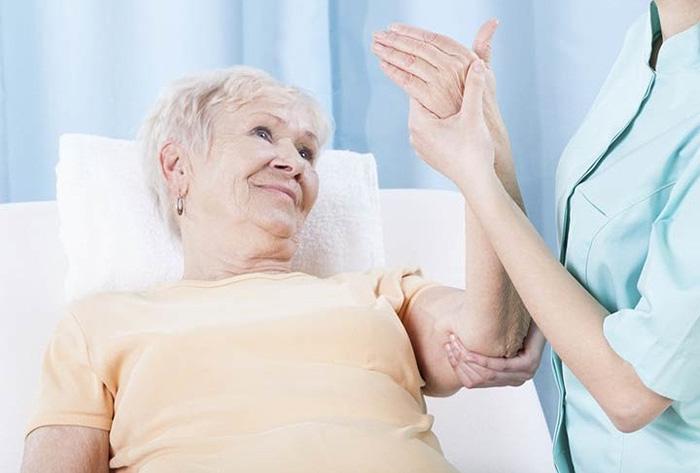 تمرینات مناسب برای بیماران مبتلا به زخم بستر