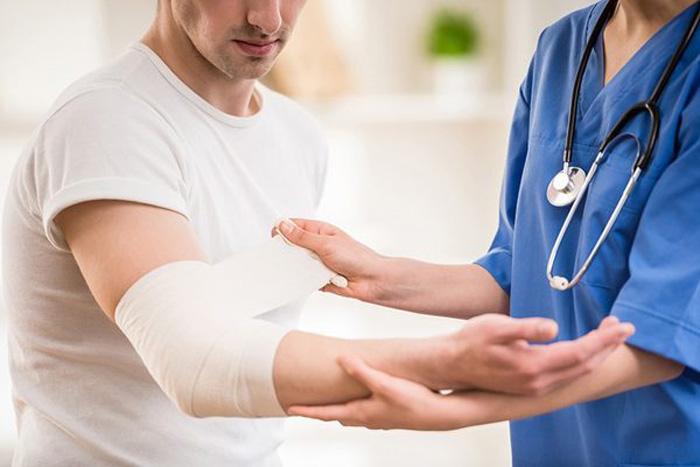 بهبود زخم چیست؟  در چند مرحله انجام می شود؟ تغذیه درمانی چگونه باید باشد؟